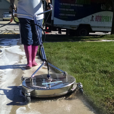 concrete-cleaning